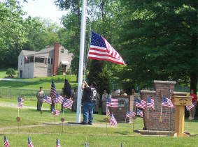 Chuck raising or lowering flag